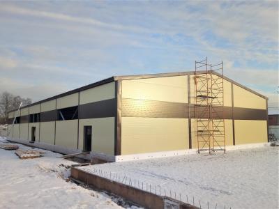 Утепленное здание размером 19,0х42,0х4,04 в селе Павлово, Всеволожский район